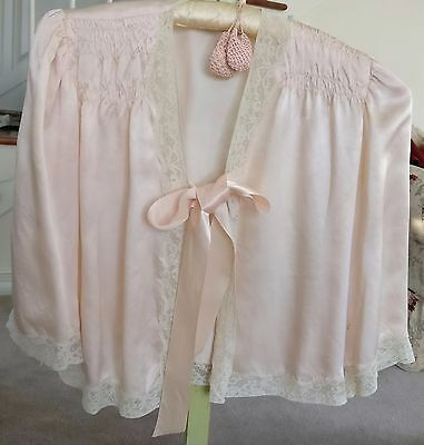 ANTIQUE 1930s ALENCON LACE PINK SATIN JACKET WIDE RIBBON BOW LINGERIE GATHERED