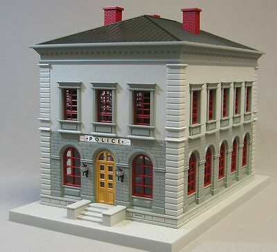 M/&M/'S Candy Beautiful Lighted Pre Built Country Passenger Station # 30-90456 NEW