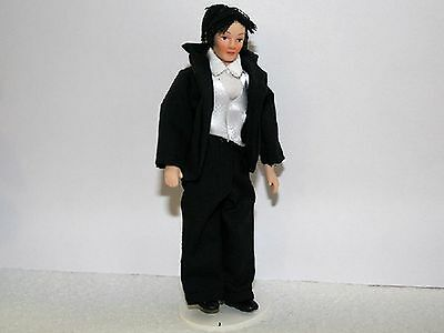 1:12 Scale Modern Man Dolls House Miniature Porcelain People Accessory William