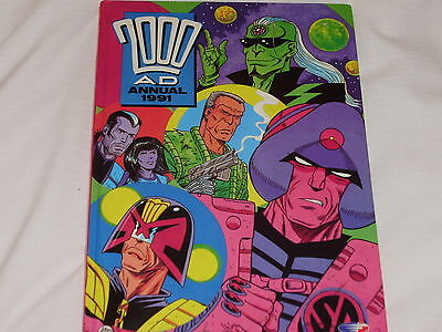 2000Ad Annual 1991 Very Good Condition