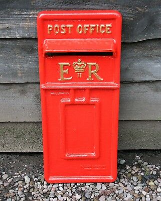 Red Wall Mounted E.r Post Box Front Traditional British Mail Letter Box
