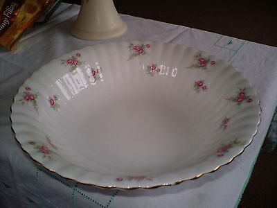 "BONE CHINA LARGE FRUIT BOWL IN THE ""ROSE TIME"" PATTERN BY RICHMOND 9.5ins DIAMET"