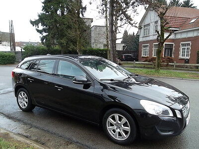 Volvo V60 1.6 D2 Eco DRIVe Full Option!