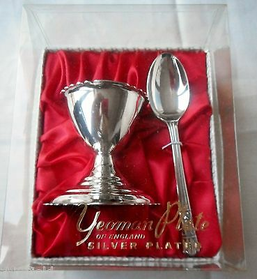 Boxed Set of  Vintage Yeoman Silver Plate Egg Cup & Spoon