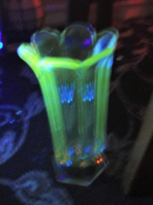 Vintage Art Deco Strong Uv Green Glow Clear Glass Celery Vase Fluted Rim 8""