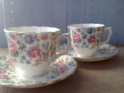 2 Crown Staffordshire Fine Bone China Floral Teacups & 4 Matching Saucers