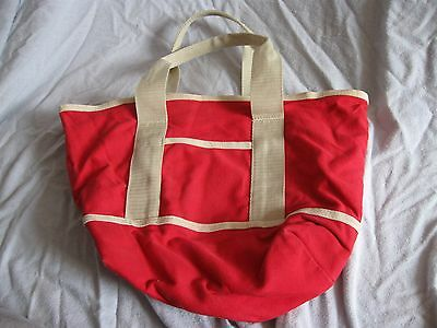 The Vermont Teddy Bear Company canvas hand bag red