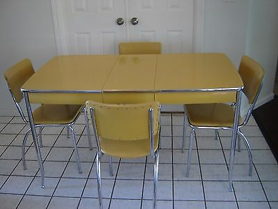 Vintage (original) 1950's Chrome  and Yellow Howell dinette set