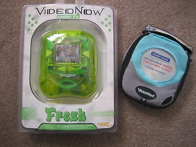 Video Now Color FX Fresh Green Personal Video Player & Blue Case  FACTORY SEALED