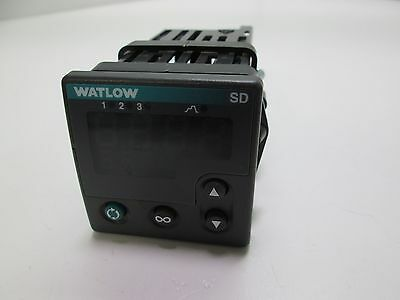 Watlow SD6R-HCJA-AARG Temperature Controller SD 100-240VAC Programmable 1/16-DIN