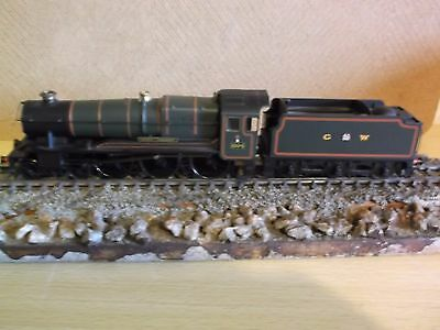 Hornby R2025 Great Western Express Passenger Train Pack, boxed