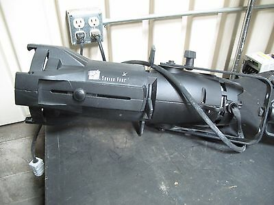 Source Four Jr Ellipsoidal Series 25-50 Degree Light With Lamp Clamp And Cable