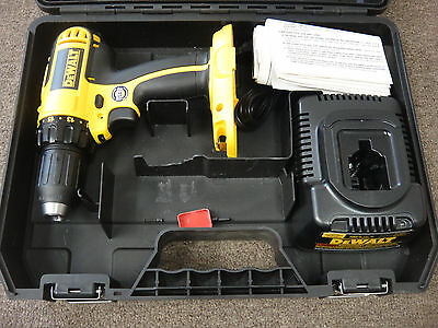 """Dewalt Dc720 1/2"""" 18V Cordless Drill Driver Power Tool W/ Charger"""