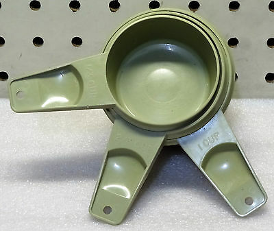 Vintage Tupperware Green Measuring Cups Lot Of 3 (Incomplete Set)