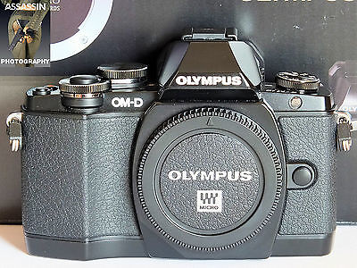Olympus MKI OM-D E-M10 16.1MP Digital Camera Black Body Only BOXED MINT LOW USE