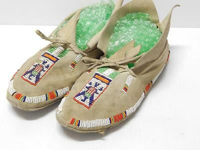 Vintage So Cheyenne Patriotic Flag Pictorial Indian Beaded Moccasins Hard Sole