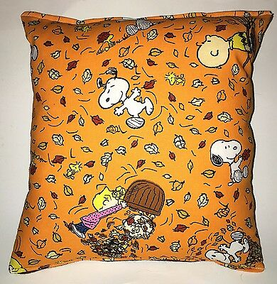 Charlie Brown Pillow Snoopy Peanuts Leaves Harvest Fall Pillow Fall Harvest USA