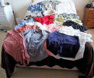 JOBLOT / JOB LOT OF LADIES CLOTHES ~ 20 ITEMS IN TOTAL ~ SIZES 8 - 18 ~ 3kg