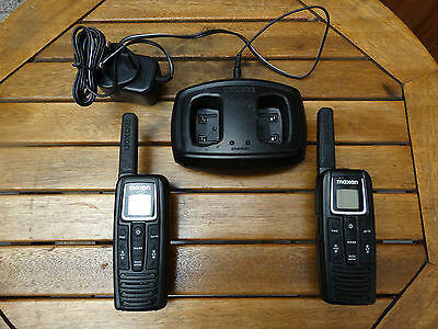 Pair of Maxon S1 PMR446 Radios Walkie Talkie With 2 Way Charger
