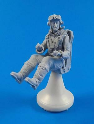 CMK F32316 RAF Pilot Sitting for SH Kit Hawker Tempest in 1:32