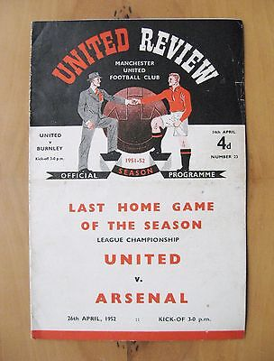 MANCHESTER UNITED v BURNLEY 1951/1952 *VG Condition Football Programme*