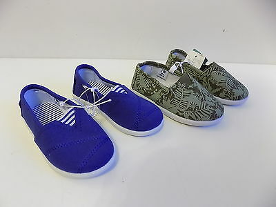 Mothercare boys set of 2 canvas pumps / shoes size 6 both BNWT