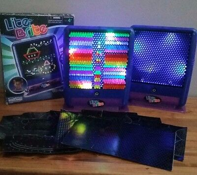 2 - Lite Brite Flat Screen Travel 522 Pegs 10 Pages 2 Screens  2010 Working!