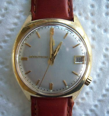 Excellent Condition Mens Bulova  Accutron 2181 10K Rgp Calendar