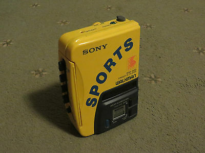 Old Sony Sports Walkman Wm-B52 Cassette Player In Very Good Condition.