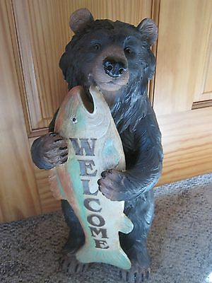 NEW Woodland Bear with Fish WELCOME Statue Resin Textured BEAR Cabin Northwoods