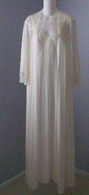 Vintage MISS ELAINE Long Bridal White Peignoir Set Wide Sweep Nightgown & Robe