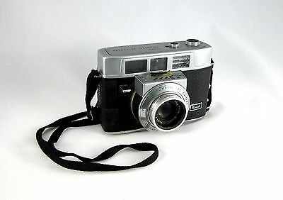 Kodak Automatic 35 Camera  -  Vintage film camera