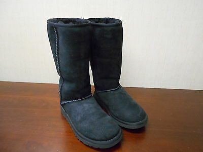 M4188 Pre-owned Women's Ugg Australia Classic Tall 5815 Black 6 M