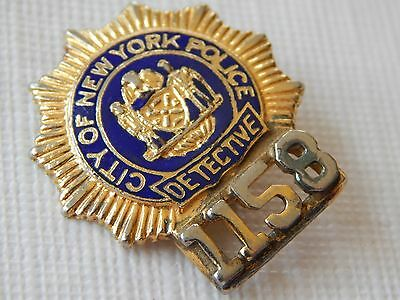 Vintage obsolete New York NYPD Detective PBA Police mini small badge pin