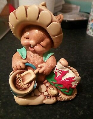 Pendelfin Rabbit - Sandie - Welsh special - one of the limited edition of 500
