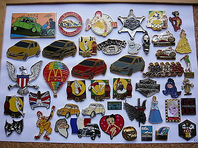 superbe lot 45 pin s multi themes a voir neuf