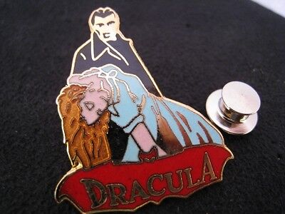 Pin's Folies Enamel pin Badge Cinema Movie Hammer Horror Christopher Lee Dracula