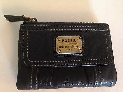 New Boxed Black Leather Bifold Fossil Wallet Purse