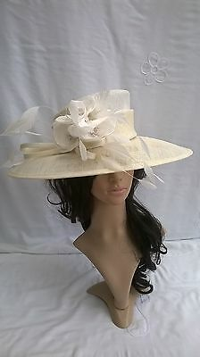 Ivory Hat.New.Wedding.Occasion races.formal hat.mother of the bride
