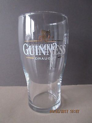 Draught Guinness Pint Glass In Excellent Condition