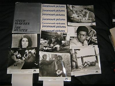 Original THE HUNTER STEVE MCQUEEN 7 PHOTO Press Kit 70 Pages