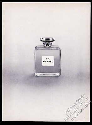 1965 Chanel No.5 perfume classic small bottle photo vintage print ad