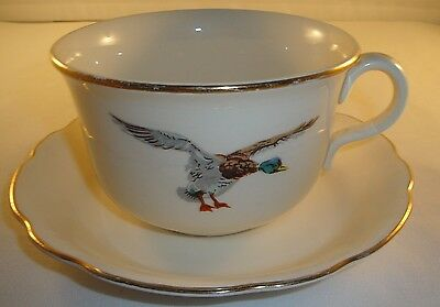Harker HAR141 Oversized Cup and Saucer Duck Design