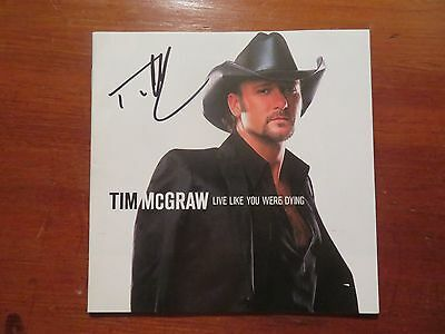 Signed Autographed CD Booklet Tim McGraw - Live Like Your Were Dying