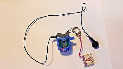 Tiger Hit Clips 2000 Music Player with Britney Spears clip