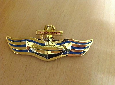 Vietnam army pin badge for Captain of Submarine - Very special pin