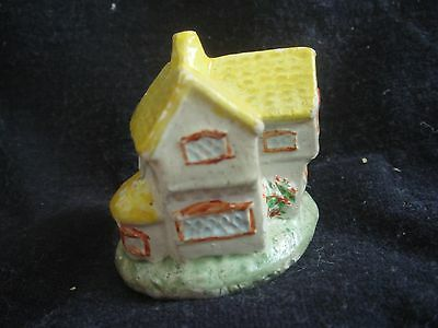 """"""" HOUSE """" Very Nice Colours Has Makers Mark Nice And Collectable By Wade"""