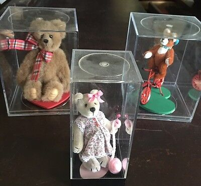 World Of Miniature Bears Lot Small Bears For A Big World Lot Larry Father & Son