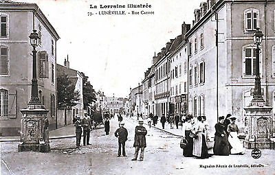 54 -- Luneville  -- Rue Carnot   Tres Anime    1911