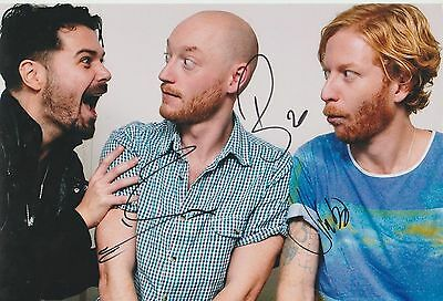 *signed*  Biffy Clyro - 8X12 Photo  (Only Revolutions)  Autographed